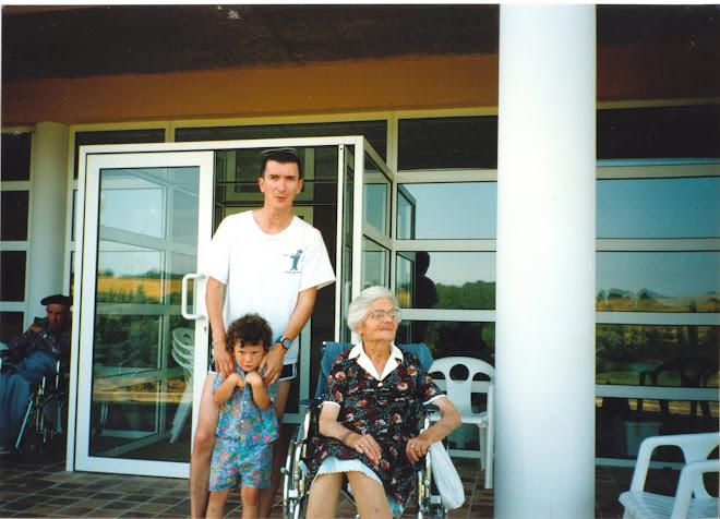 Yvonne à la maison de retraite 689